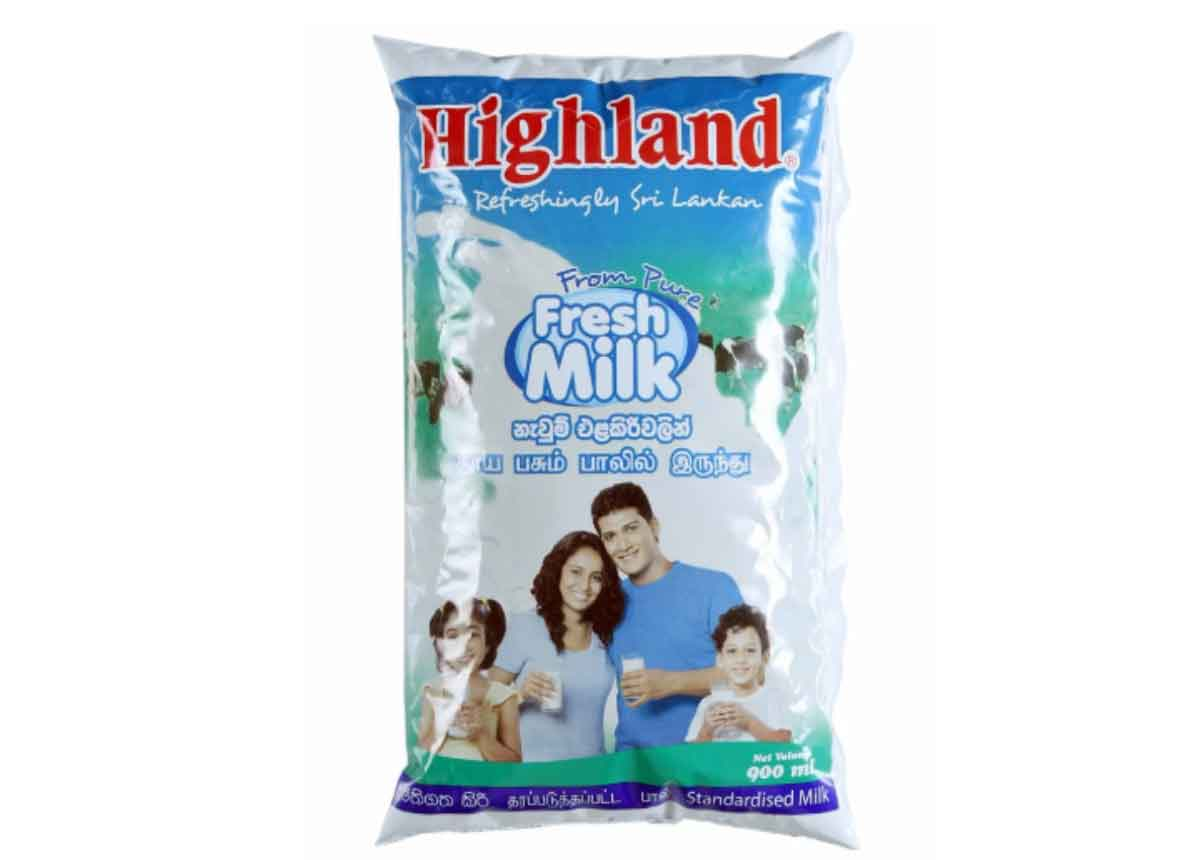 Highland Fresh Milk Packet 900ml